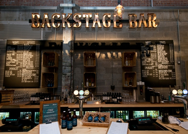 Backstage Bar_700x500.jpg